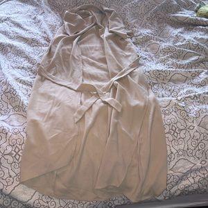 Sleeveless outerwear kimono